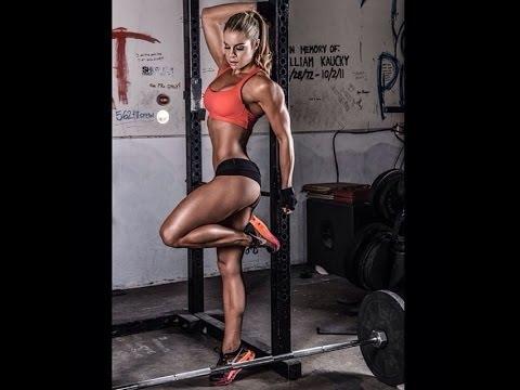 Тренировка Stephanie Danae. Упражнения для ног