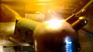 Работа обогревателя для кур из чайника и лампы  Обзор