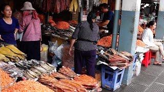Cambodian Wet Market - Phnom Penh, Cambodia