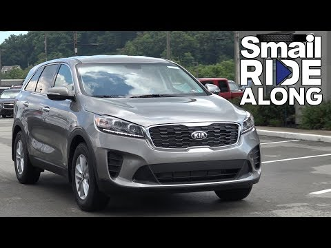 Kia Sorento LX - Smail Ride Along - Test Drive