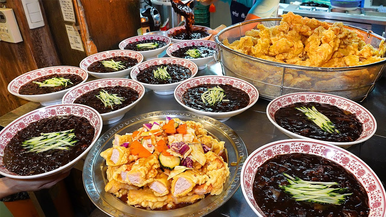 길이 10cm 깍두기 탕수육? 계란 왕창 반죽 탕수육으로 유명한 4000원짜리 짜장면집┃a variety of Chinese dishes / Korean street food