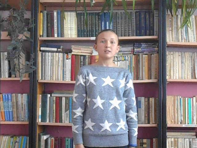 Изображение предпросмотра прочтения – ЮлияМихайлова читает произведение «Колыбельная (Спи, мой мальчик!)» В.Я.Брюсова