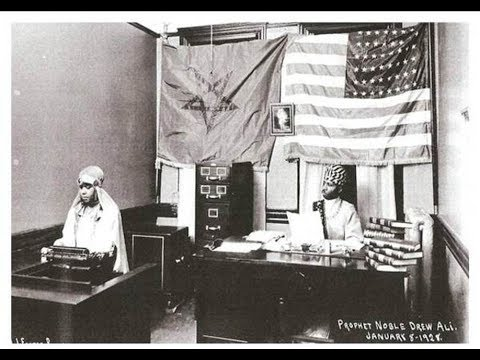 Moorish and the American Flag Position   Watch Sovereign Moors go Crazy!