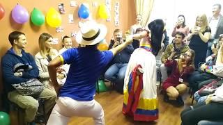 Thalía y Gregorio (Ecuador) bailan! El Aniversario del Club Español en Rusia!