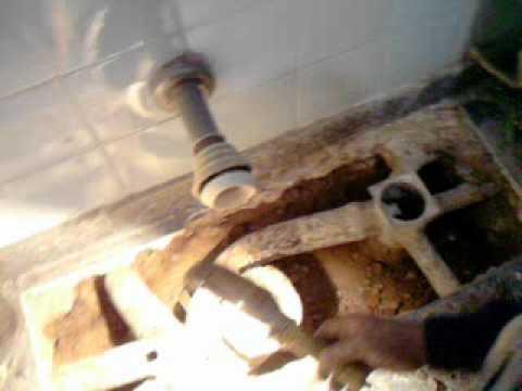 Plomeria cambio de ca eria descarga cloacal codo yola for Griferia para tina