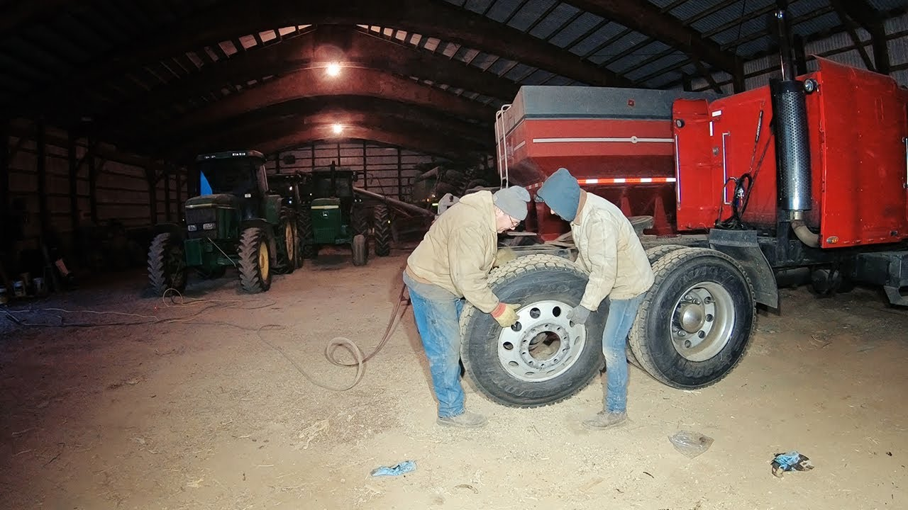 changing-brake-shoes-and-wheel-seals-big-red-freightliner