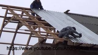 видео Металлопрофиль для крыши — как правильно класть