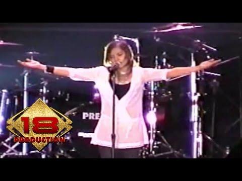 Tere - Aku Patut Membenci Dia   (Live Konser Tegal 04 November 2005)