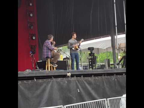 """Bela Fleck And Chris Thile """"Comey's Waltz"""" At Delfest 5/27/2017 Cumberland, MD"""
