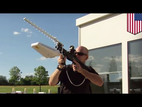 Bringing drones down: New DroneDefender rifle uses radio waves to disable UAVs - TomoNews