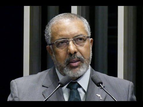 Paulo Paim explica projeto de lei que apresentou para revogar reforma trabalhista