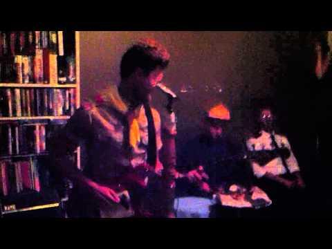 Loveninjas - I wanna be like Johnny C (live) mp3