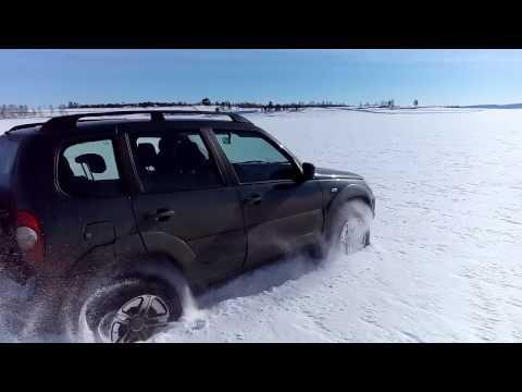 Новая Шевроле Нива по снегу