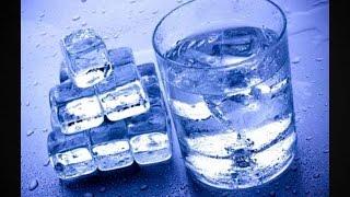 видео Очищение организма талой водой.  Как сделать талую воду в домашних условиях