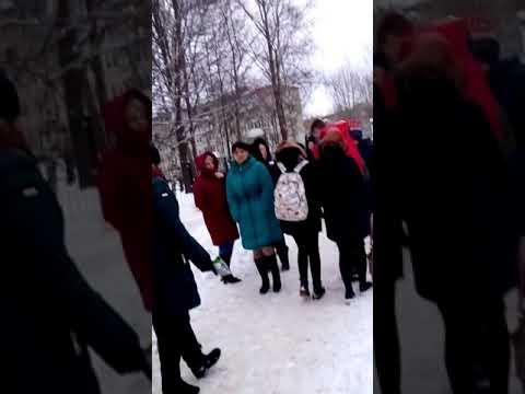 В школе номер 18 Великий Новгород была заменирована бомба