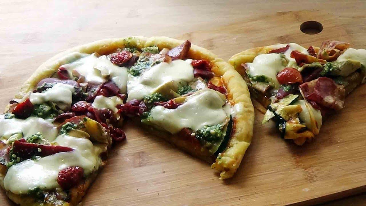 Recette de pizza maison à la poêle (facile et rapide ...