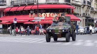 défilé 14 juillet 2017 boulevard Raspail Paris