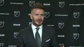 Beckham: I hope Zlatan stays at United