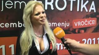Transeksualna zvezda na slovenskem erotičnem sejmu