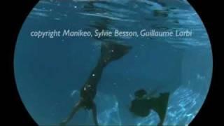 2 vraies sirenes - 2 real mermaids / underwater video - Spectacle Aquarelle