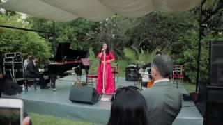 Nabyla Maan chante l'hymne national marocain