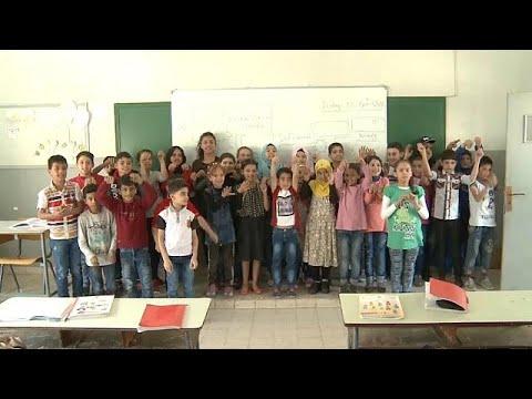 برامج مكثفة لدمج أطفال اللاجئين السوريين في المناهج التربوية اللبنانية…  - 12:21-2018 / 4 / 16