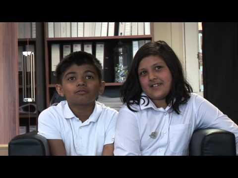 Shaftesbury and KS2 pupils
