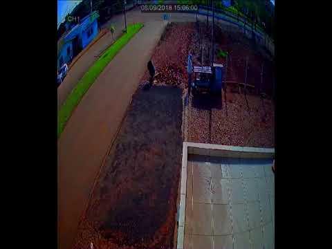Roncador: Motorista perde o controle e atropela adolescente na Avenida Santo Antônio