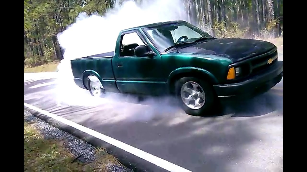 Lowered S10 Slaying BOTH Tires!!! 2nd Gear Smokies! Vortec ...  Lowered S10 Sla...