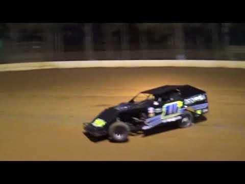 Modified hot laps 3/16/18 County Line Raceway