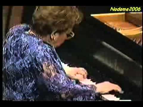 Alicia de Larrocha: Mozart Piano Concerto 25 in C Major, K. 503 III. Allegretto