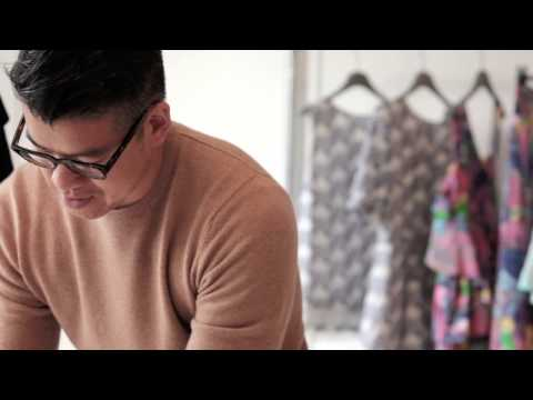Create a simple bouquet with designer Peter Som | Anthropologie