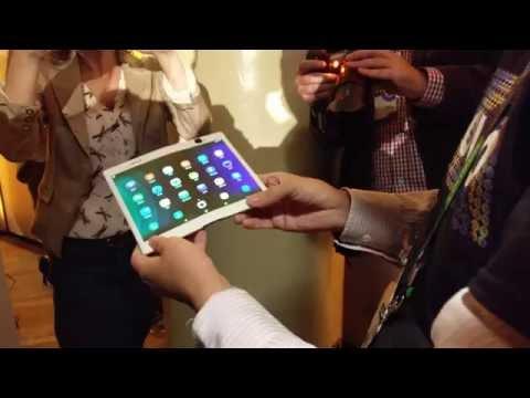 """Lenovo Membuat Tablet Yang Bisa """"Dilipat"""" dan Smartphone Yang Bisa """"Digulung"""""""