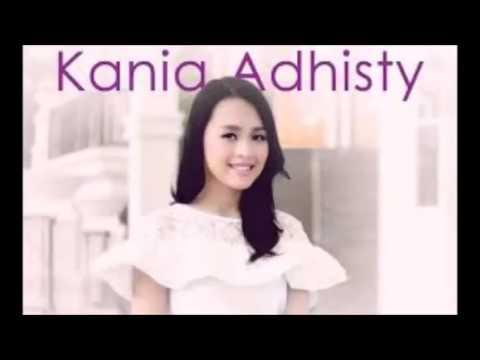 kania-adhisty-jatuh-cinta