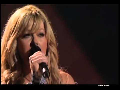 Carrie Underwood; Jamie O'Neal   Does He Love You