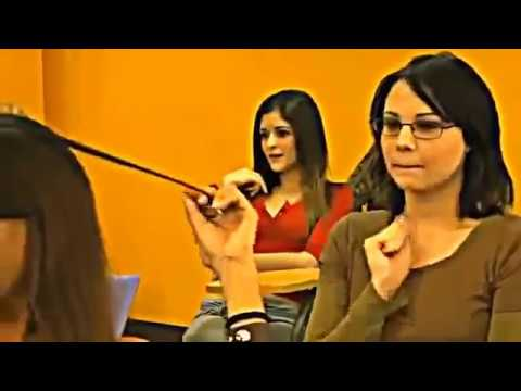 School teacher undressed to stir up students for the purpose of the rapid absorption of the studyKaynak: YouTube · Süre: 2 dakika38 saniye