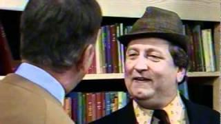 Fleksnes Fataliteter - S05E06 - Morderen som forsvant - 1982 - Del 1/3 thumbnail