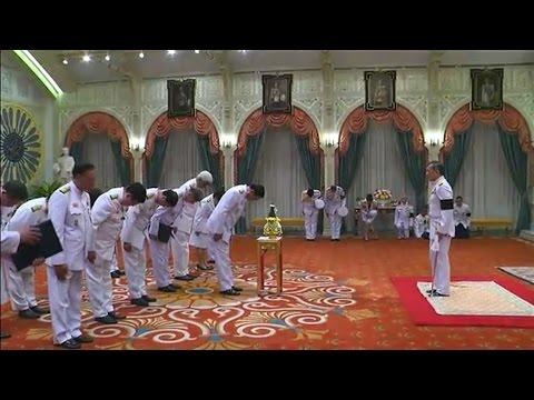 'หนุ่มเสก-หนุ่ย นันทกานต์' กลั่นความรู้สึกแต่งบทเพลง พร้อมขับร้องรำลึกถึงในหลวง ร.๙ - วันที่ 20 Dec 2016