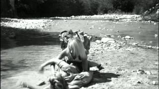 Excerpt from the film LES CONTREBANDIERES (THE SMUGGLERS)