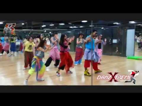 Lungi Dance / Yo Yo Honey Singh - Choreographed by Master Ram