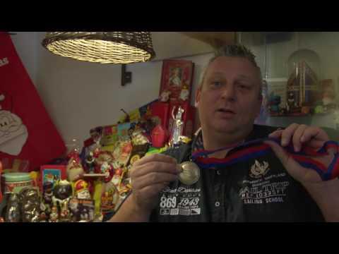Van Eigen Bodem: Cor Visser spaart alles van Sinterklaas (TV Enschede)