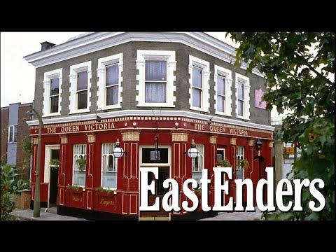 EastEnders New Queen Vic Pub Chat!
