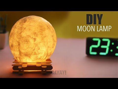 HOW TO MAKE A WRAPPED BALLOON LAMP |  DIY Moon Lamp | DIY Lamp Ideas