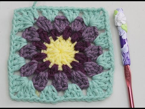 How to Crochet granny square with round center