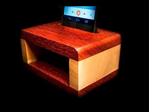 Wooden passive amplifier for smartphone