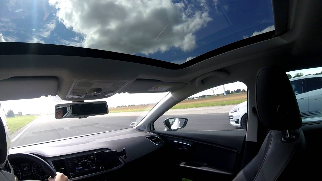 Seat Leon Fr  Vs Abarth Punto Evo Supersport  Env