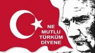 Ahmet Şafak  Kırmızı beyaz yarim