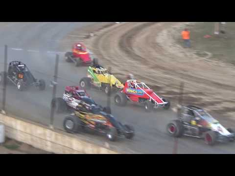 Traditional Sprints Heat Race #3 at Crystal Motor Speedway, Michigan, on 09-16-2017!