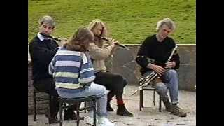 Irish traditional music : Eugene Lamb, Sharon Shannon and 2 unknown flute-players.