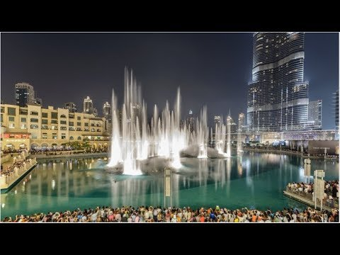 The Dubai Fountain Dancing to Michael Jackson Thriller